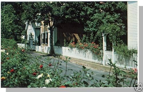 EDGARTOWN, MASS/MA POSTCARD,19th Cetury Houses,Cape Cod
