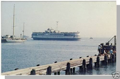 Beautiful WOODS HOLE, MASS/MA POSTCARD, Cape Cod/Ferry