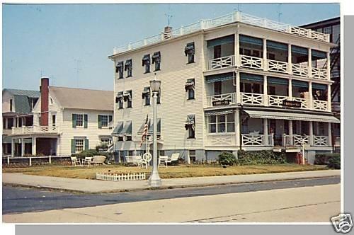 OCEAN GROVE, NEW JERSEY/NJ POSTCARD, House By Sea Inn