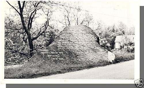 Nice BRISTOL, VERMONT/VT POSTCARD, Lord's Prayer Rock