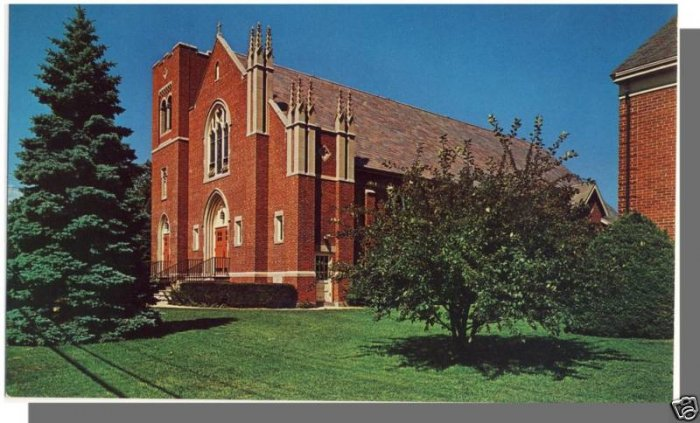 Nice MADISON, CONN/CT POSTCARD, St. Margaret's Church