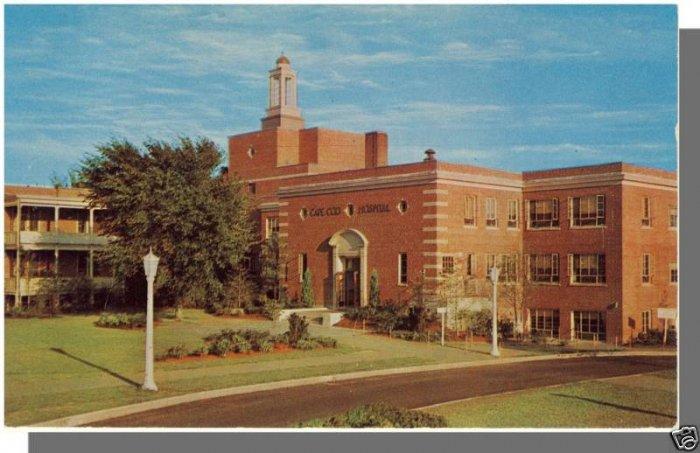 HYANNIS, MASS/MA POSTCARD, Cape Cod Hospital