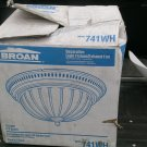 BROAN - DECORATIVE LIGHT FIXTURE/EXHAUST FAN - MODEL 741WH