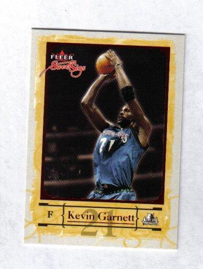 KEVIN GARNETT 04-05 FLEER SWEET SIGS #47