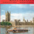 LONDON LONDRES A BOOK OF PHOTOS BY R.S. MAGOWAN AND A.P. HERBERT 1968