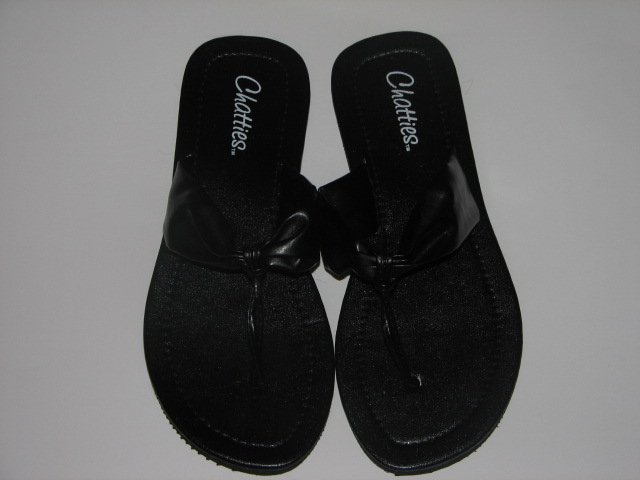 Women's Black T-Strap Sandals Small (5-6)