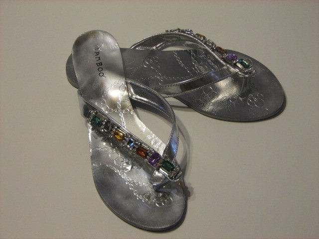 Women's Silver Bamboo Brand Jeweled Sandals Size 8