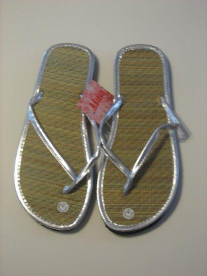 Women's Silver Bamboo Flip Flops Size 5