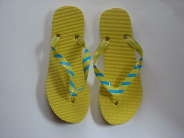Women's Flip Flops with GLOSSY PRINTED STRAPS Yellow with Blue Stripes Size 9-10 (Large)