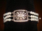 Serena Bracelet-White Pearls