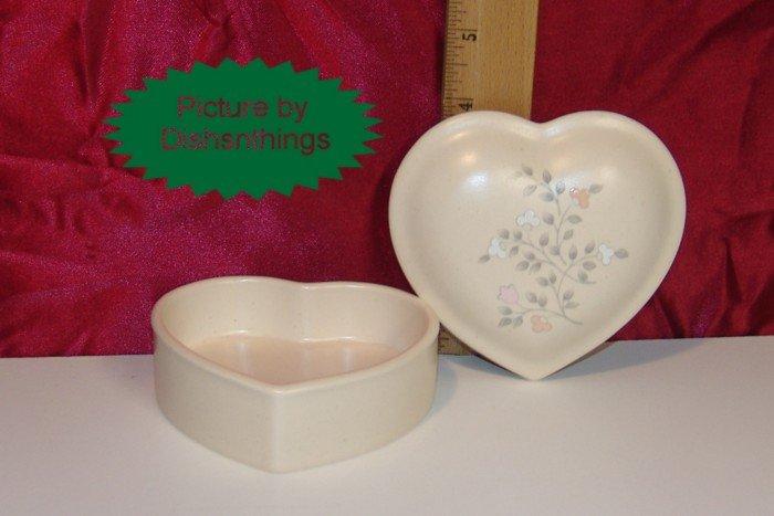 Pfaltzgraff REMEMBRANCE Lidded Heart Trinket Box USA A+