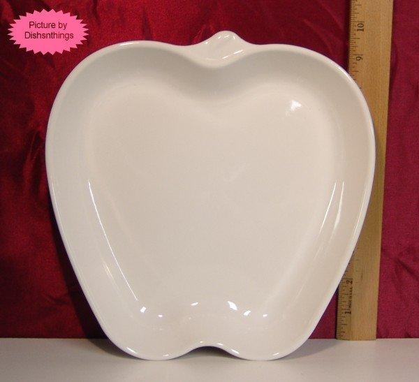 Pfaltzgraff WHITE Apple Shape Server Bowl Baker MINT!