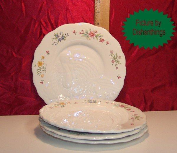 Pfaltzgraff MEADOW LANE 4 Turkey Snack Plates NEW