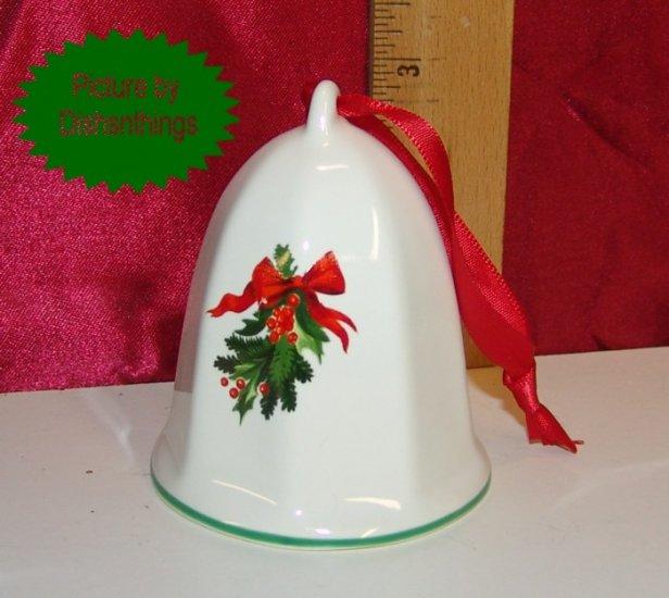 Pfaltzgraff CHRISTMAS HERITAGE 1990 Bell Ornament A++