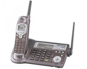 PANASONIC PANASONIC 5.8 GHZ CORDLESS PHONE SYSTEM WITH DIGITAL ANSWERING SYSTEM.