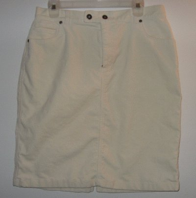 LIKE NEW LIZ CLAIBORNE cream corduroy skirt size 12 in like new condition