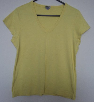 LIKE NEW perfect fit OLD NAVY yellow tee size XL