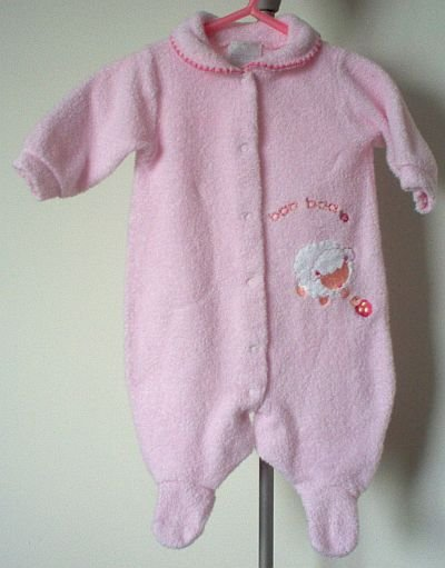 CARTERS fuzzy light pastel pink sleeper size 0-3 months LIKE NEW CONDITION sleepwear