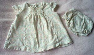 gorgeous Basic Editions 0-3 months dress bloomer outfit 2 pc set in excellent condition
