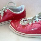 LA GEAR shiny red emo punk tennis shoes sneakers size 4 in gently used condition