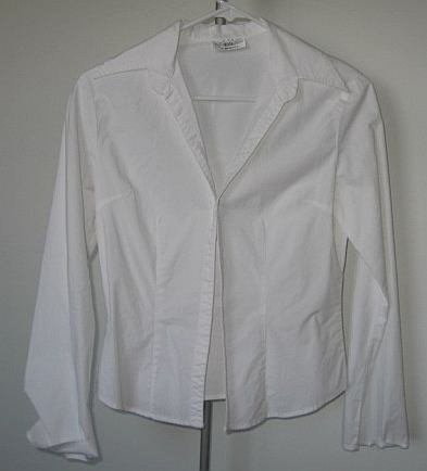 JHL 1004 white button up long sleeved top size small sexy like new