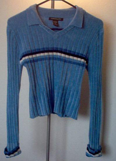 Tomfoolery size medium sweater blue cute acrylic excellent condition
