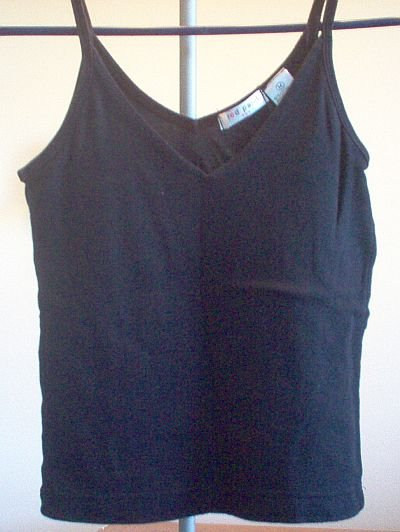 Red Paint size medium m black spaghetti tank v neck
