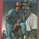 2005 Fleer Showcase Rollie Fingers Milwaukee Brewers # 118