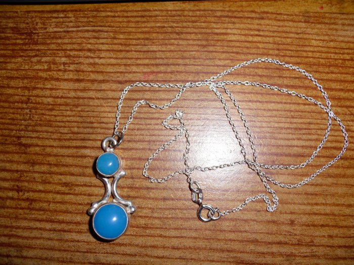 Vintage Sterling Silver Blue Chalcedony Pendant Necklace