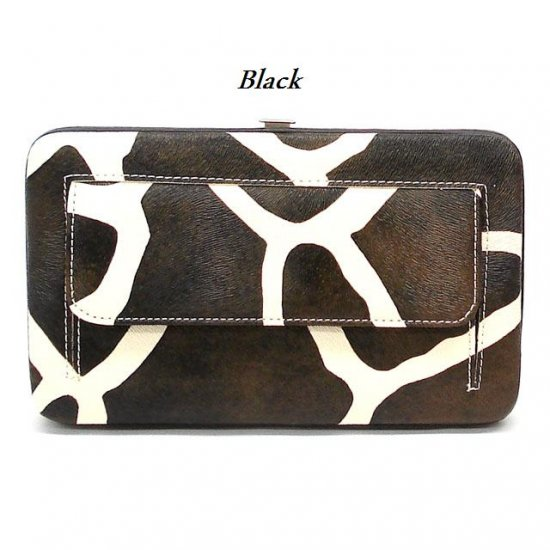Giraffe Print Women's Frame Wallet, Black (122AW147)