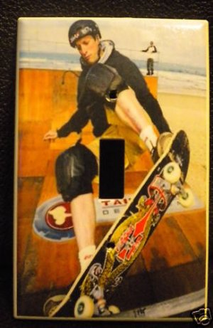 TONY HAWK SKATEBOARDING LIGHT SWITCH COVER  COOL! look!