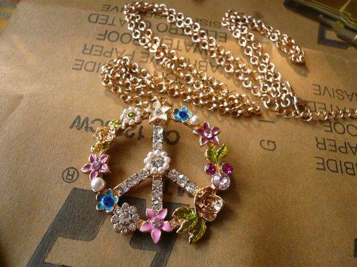 Enamel Necklace with beautiful flower pattern and shiny rhinestone free shipping