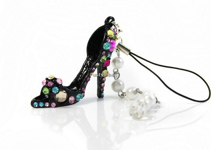 Crystal High-heel Shoe Keychain w/ Pearl Strand Pendant