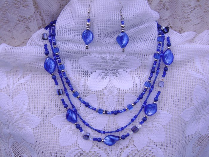 Brilliant Electric Blue 3-Strand Necklace and Earring Set