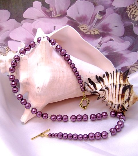 Burgundy Merlot Pearl and Crystal Single-Strand Necklace