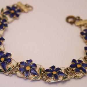 #26 - Vintage enamel flower bracelet.