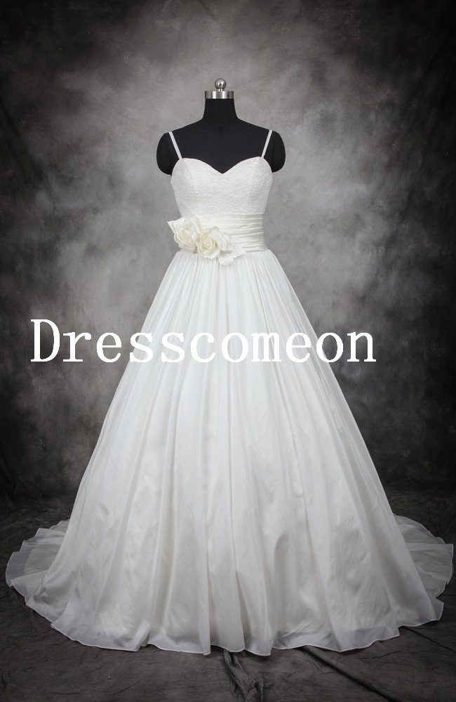 New White Wedding Dress High European Quality with hand made flowers(MD020)