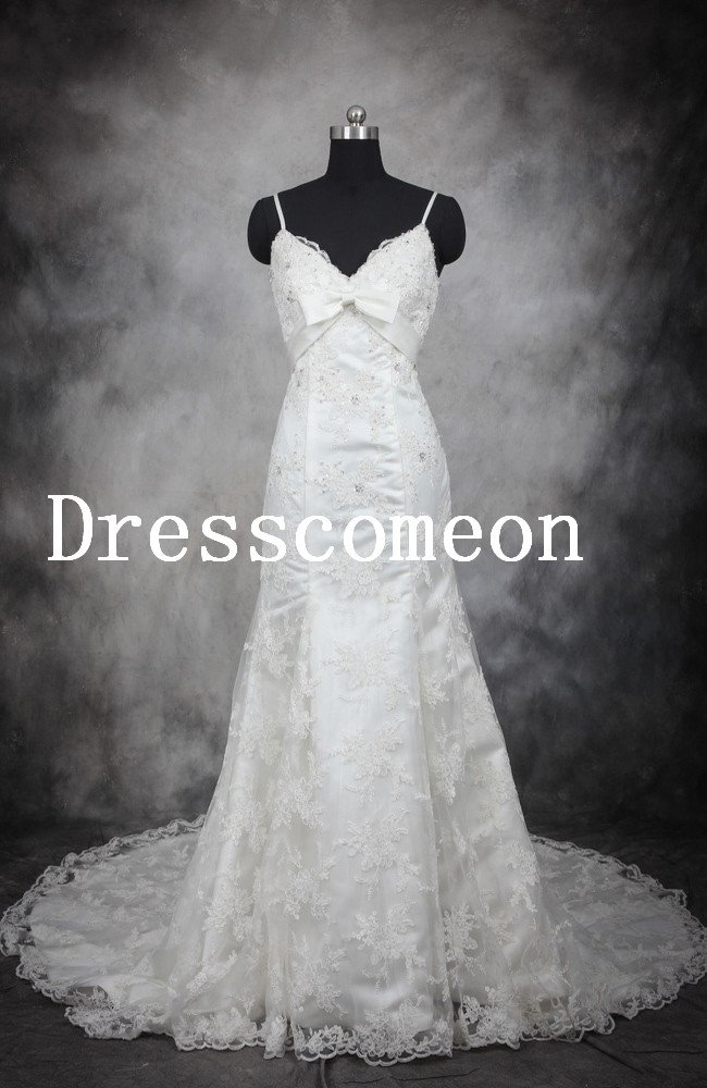 A-line Empire Beading Applique Princess Lace Wedding Dress (MD022)