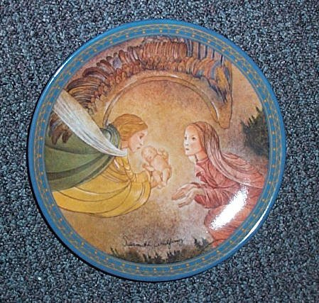 German 'Die Gabe' Collectors Plate