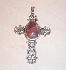 Beautiful Large Crucifix with Center Stone