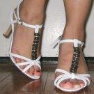 MANOLO BLAHNIK $585 classic white NEW heels with box, 5.5