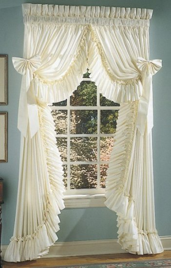 RUFFLED ELEGANCE SWAG STYLE CURTAINS