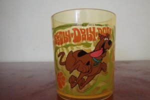 1999 SCOOBY DOO HANNA BARBERA PLASTIC CUPS SET OF 3