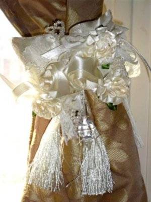 Rose Tassel Pillow Curtain Tiebacks Pair