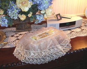 Vintage Victorian Lace Tissue Box Cover ATC 57