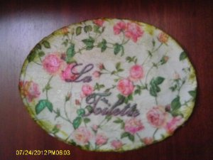 Victorian mini roses vintage shabby chic bath wall plaque VS33