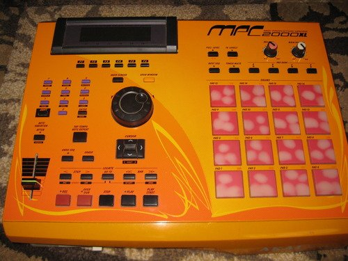MPC 2000xl SE2 - Orange Case