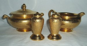 Vintage Wheeling Decorated Art Deco Gold Encrusted Set