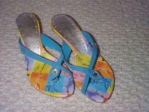 BCBG Girl Blue Suede Thong Sandal 6.5M