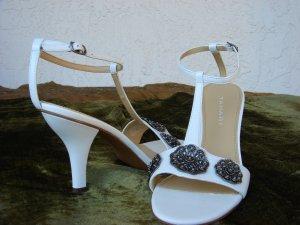 Tahari White Leather Sandal  7.5M